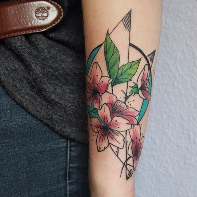 Done by María Fernández, tattooist at Vaders Dye Tattoo Studio (Hamburg), Germany TattooStage.com - Rate & review your tattoo artist. #tattoo #tattoos #ink