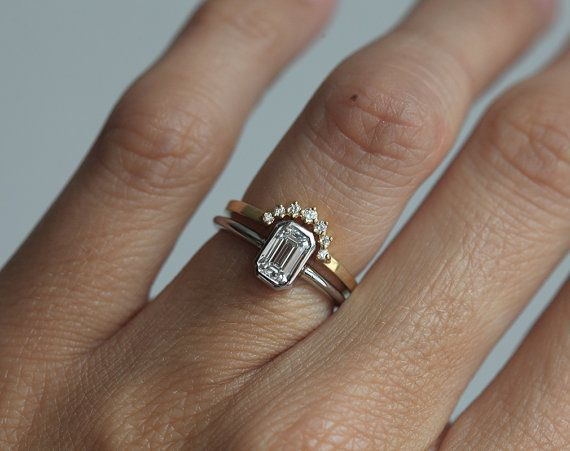 Simple But Stunning 0 75 Carat Emerald Cut Diamond Ring In Platinum Price Is For Solitaire Ring If You Like This Ring Please Press Pin It Button On The
