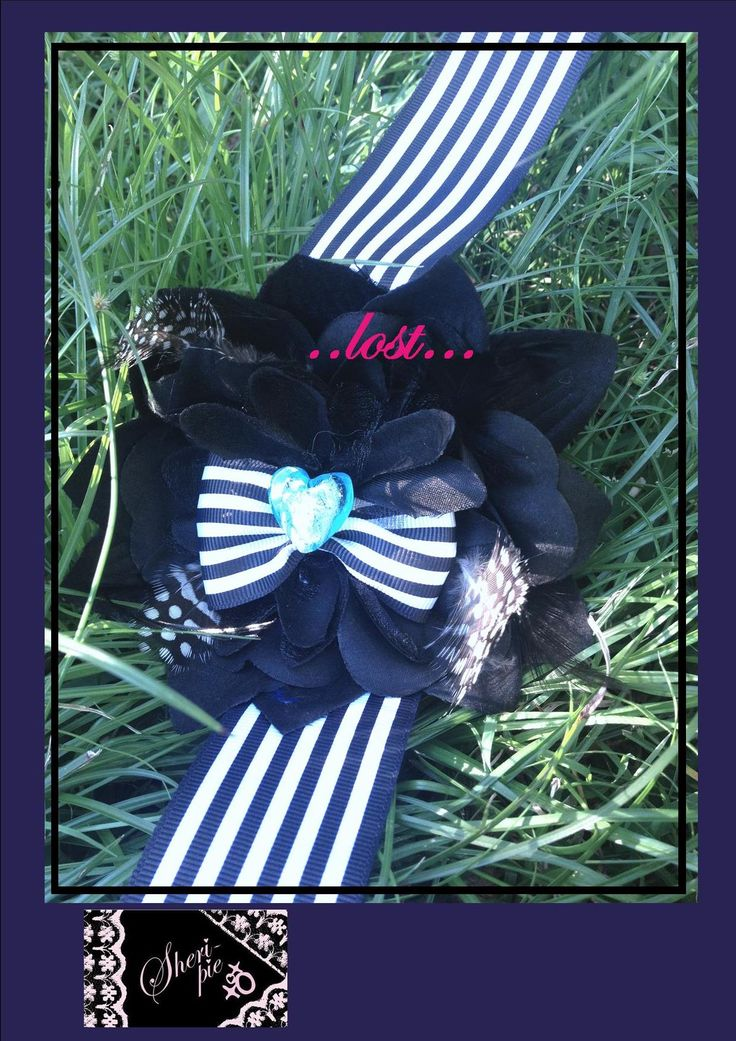 xo ♥  ..lost... ♥  xo   1 available.  Hairclip, broach-pin, and elastic band on the back.  $33 plus postage.   #SheriPiexoxo #corsage #accessories #gift