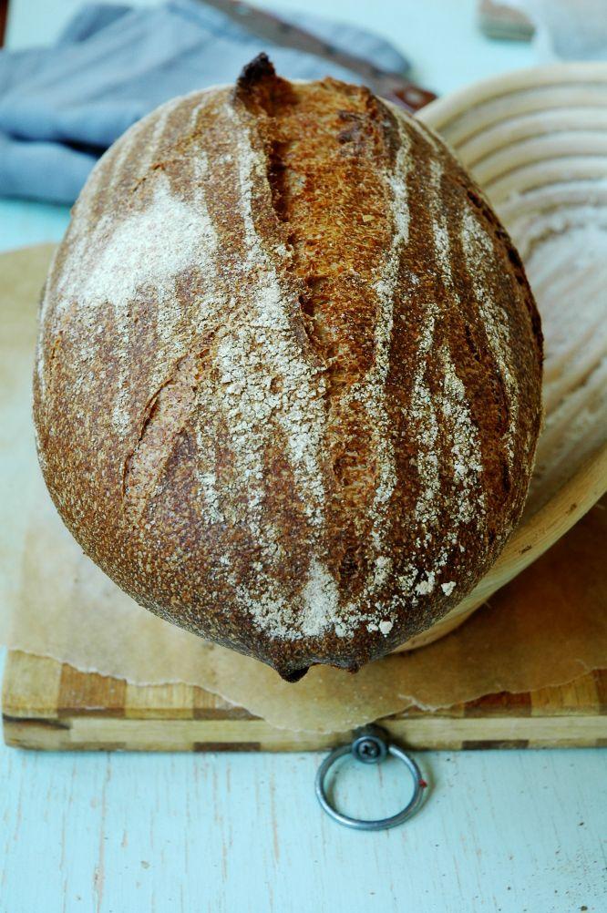 Цельнозерновой пшеничный хлеб на Sekowa
