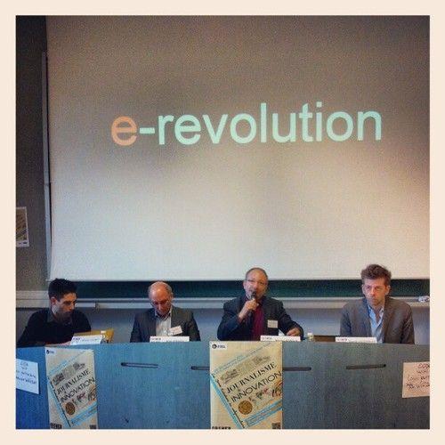 able ronde innovations collaboratives pour le entreprises de presse #obsweb #metz #journaliste #webjournalisme (at UFR Sciences Humaines et Arts) | le 29.11.2012