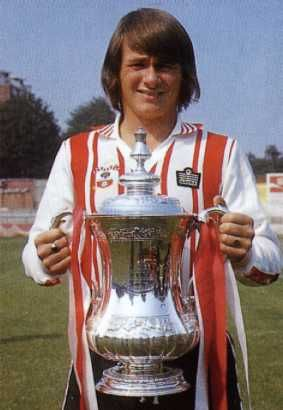 Soccer History - Deaths 1995 - Bobby Stokes was an English footballer, well known for scoring the winning goal in the 83rd minute of the FA Cup Final for Southampton F.C. against Manchester United in 1976. Stokes died after contracting bronchial pneumonia. keepinitrealsports.tumblr.com keepinitrealsports.wordpress.com Mobile- m.keepinitrealsports.com