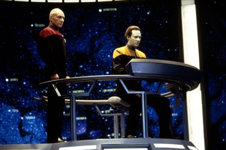 Star Trek : Generations - Patrick Stewart and Brent Spiner in Stellar Cartography.