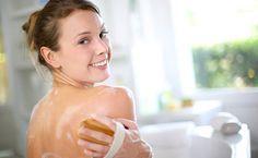 Faça esfoliações com variadas texturas e substâncias naturais nutritivas para a pele.