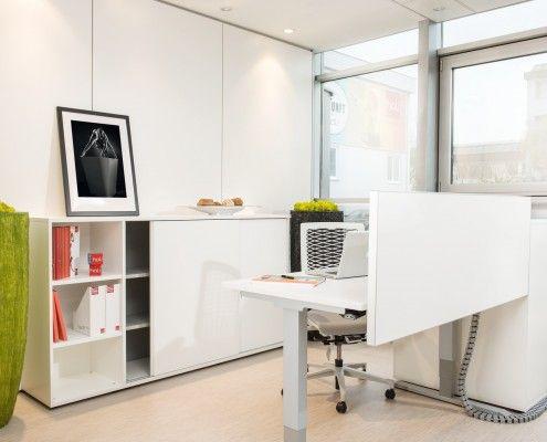 s135 elektrohebetisch, box schiebetürenschrank, box regal #workplace