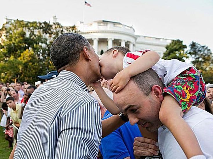 Photos of Obama Being Awesome: White House Picnic