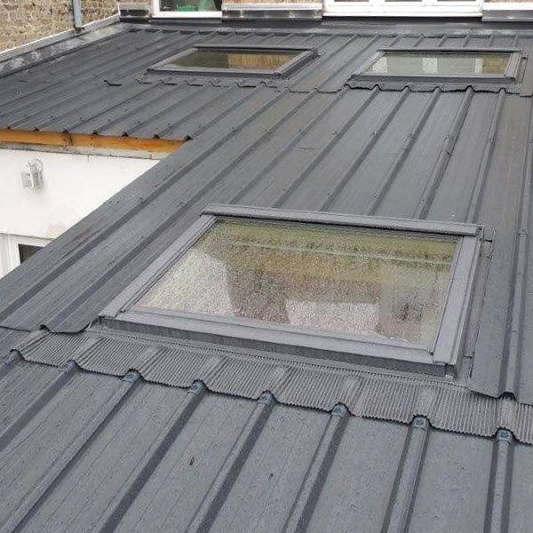les 25 meilleures id es de la cat gorie toit bac acier sur pinterest toiture toiture en acier. Black Bedroom Furniture Sets. Home Design Ideas