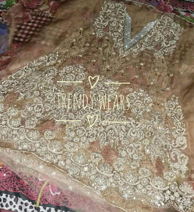 Pin by trendy wears on pakistani dresses pinterest for Miroir 50 x 150