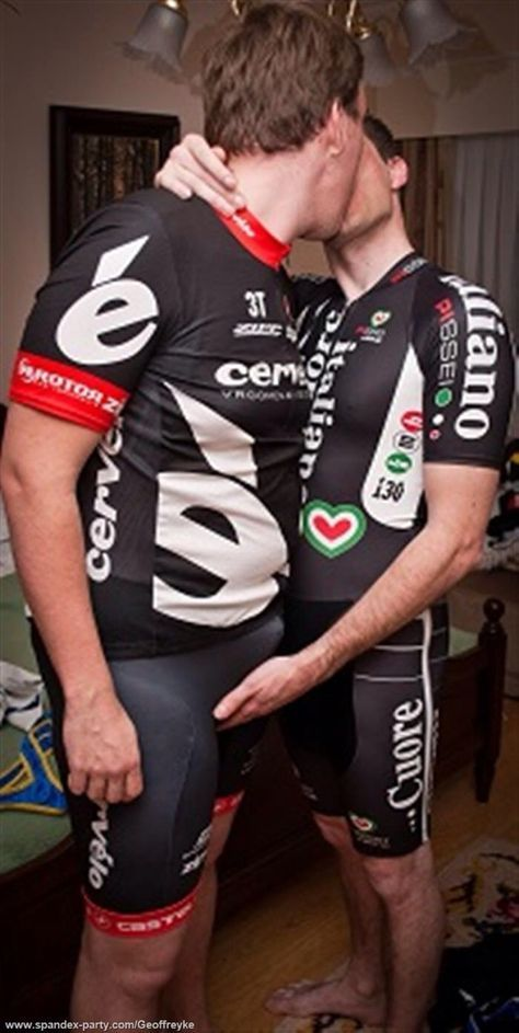 foto porno cyclists gay