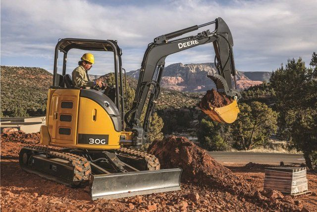 John Deere at #CONEXPO: New excavator, Big Parts Promise and a drone partnership #construction #compact