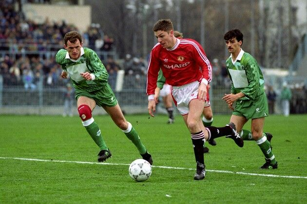 Legia Warsaw 1 Man Utd 3 in April 1991 at the Polish Army Stadium. Lee Sharpe runs with the ball in the Euro Cup Winners Cup Semi Final, 1st Leg.