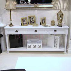 Konsola z szufladami z serii Meridian, metalowe uchwyty, toczone nogi, biały matowy.