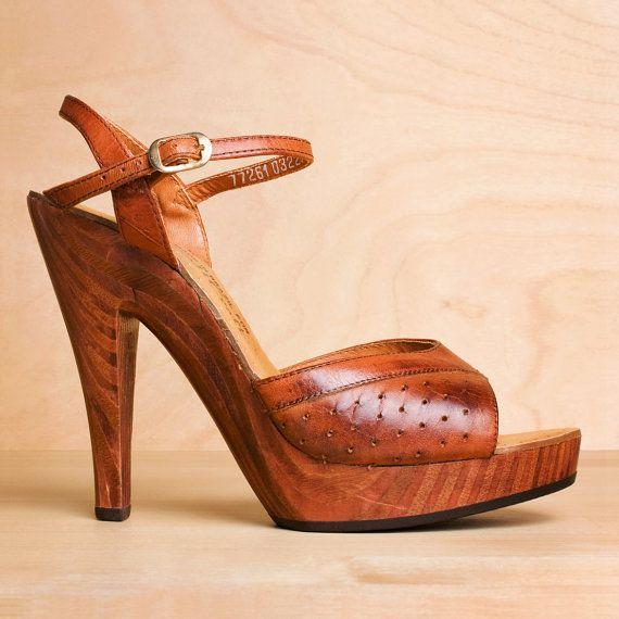 70s: Wood Platform, Crafts 1970S, Summer Sandals, Vintage Platform, 1970S Platform, Leather Heels, Vintage 1970S, Tans Leather, Platform Sandals