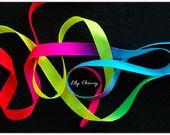 1 mètre de Ruban satin arc en ciel dégradé multicolore 13mm ribbon Rainbow satin  : Rubans, biais pour bijoux par lilycherry sur ALittleMercerie
