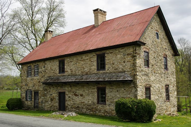 Colonial American House Styles Colonial Style Homes American Houses Colonial House