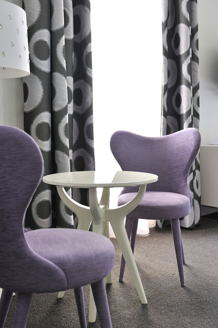 #chateauhotelscollection #rooms #hotel #talloires #annecy #lake #lac #mountains #montagne #detente #loisirs #vacances #decoration #chair #purple