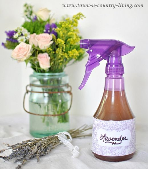 DIY-How to Makr Yout Own Long Lastig Lavender Linen spray for Dollars!