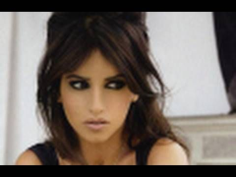 Mónica Cruz | Maquillaje de ojo en negro tipo EMO - YouTube