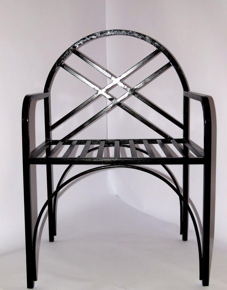 table fer forg extrieur gallery of plus de ides pour un salon de jardin en rsine bois ou mtal. Black Bedroom Furniture Sets. Home Design Ideas