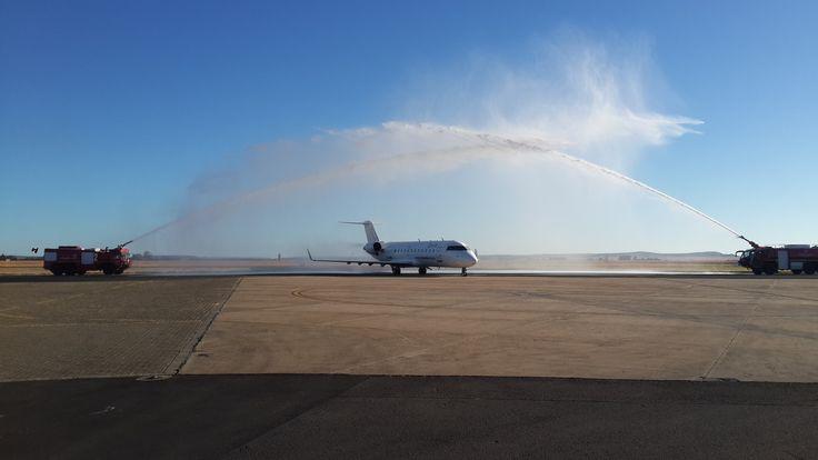 Celebrating the inaugural flight from Johannesburg to Bloemfontein