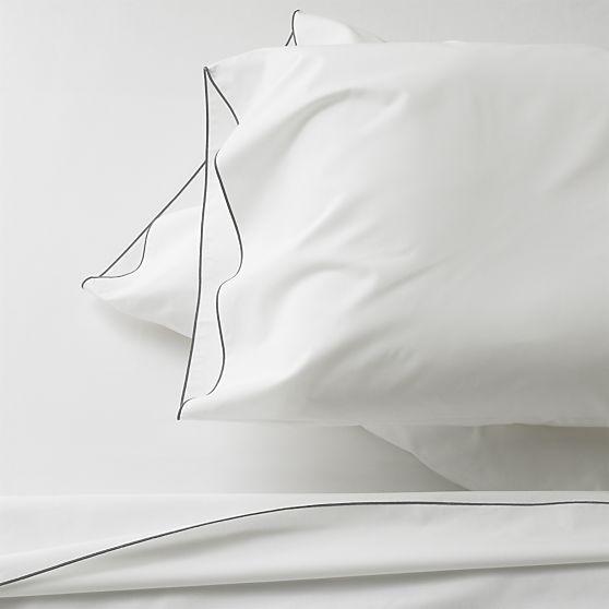 simplicit et lgance avec cet ensemble noir et blanc de chez cratebarrel jaime - Set De Chambre King Noir
