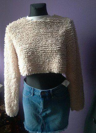 Kup mój przedmiot na #vintedpl http://www.vinted.pl/damska-odziez/bluzki-z-dlugimi-rekawami/18109185-bezowy-crop-top-ala-mop