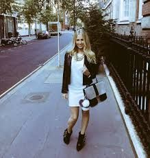 Street style shot of Luxury leather silver leather shoulder bag from Brix + Bailey (Luxury Handbag + Accessory brand) collab partner Naomi Isted (www.ultimatelifestylist.com) www.brixbailey.com  Licensing: www.thisisiris.uk