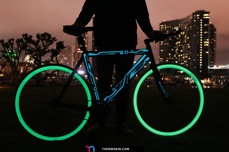 the one and only rimskin tron bike full with glow in the