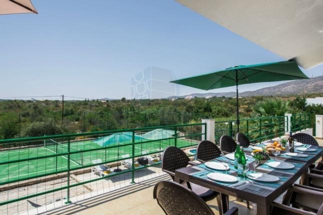 6 bed villa for sale in Fornalha, Moncarapacho, Olhão Algarve