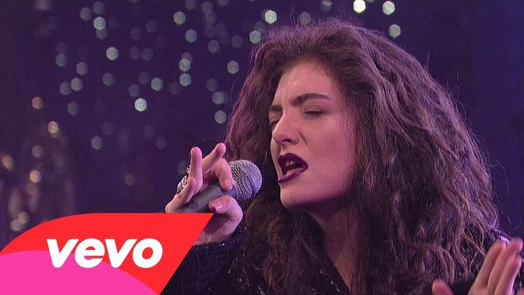 I don't know if  Lorde's dancing or Elaine Benes' is more awkward... > Lorde - White Teeth Teens (Live On Letterman)