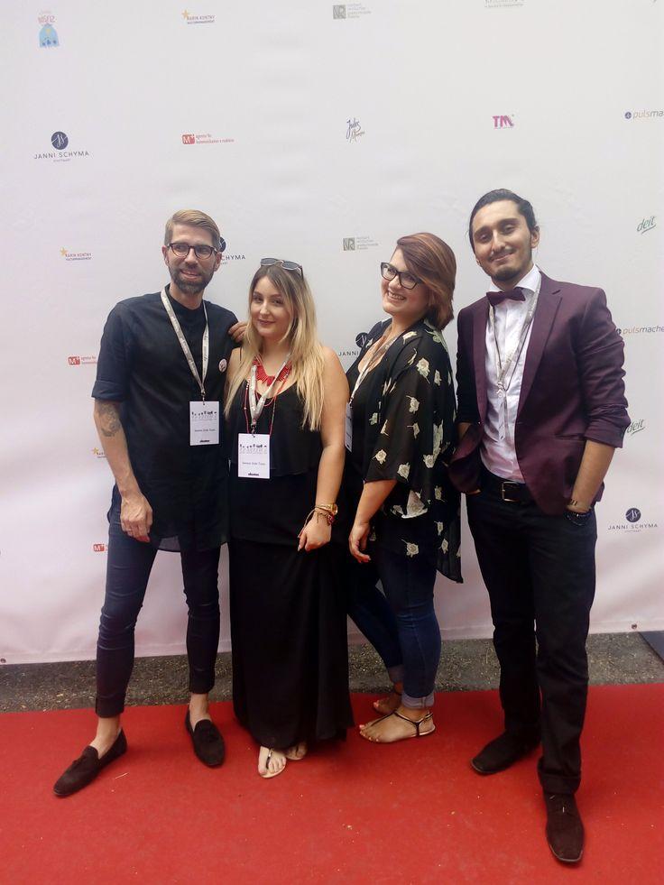 #davines sassion style team bei der Fashion Benefiz Veranstaltung des Modedesigners Ioannis Schyma aus Stuttgart