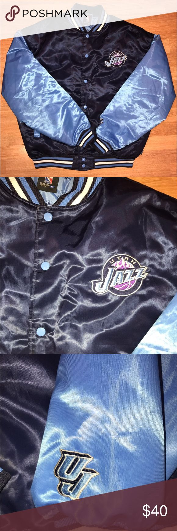 Utah jazz NBA medium men's puffer jacket Men's medium puffer jacket in excellent condition NBA Jackets & Coats Puffers