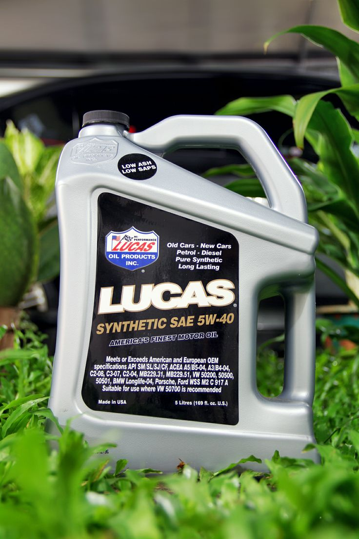 Synthetic SAE 5W-40 Volume: 5 liters SRP: Rp. 852,000,- Code: 10187  call: +628111472100 email: lucas.oil@clientside.co.id
