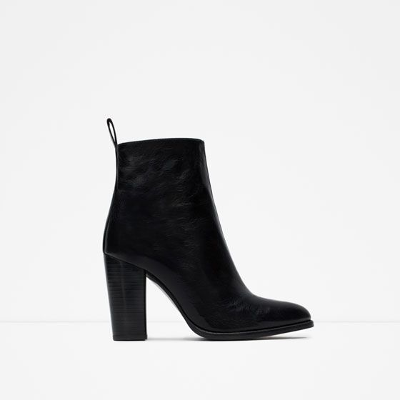 Image 1 of HIGH HEEL LEATHER ANKLE BOOTS WITH PULL TAB from Zara
