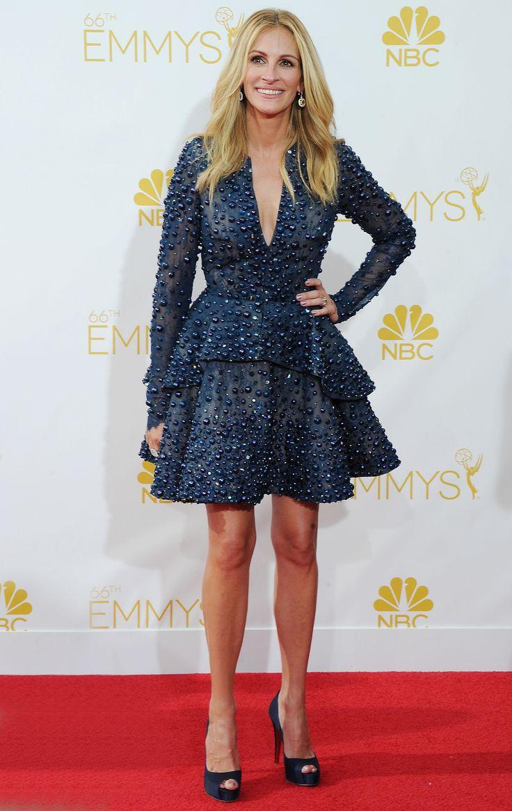 Emmy fashion 2014 best red carpet dresses blogher - Julia Roberts In Elie Saab At The 2014 Primetime Emmy Awards Redcarpet