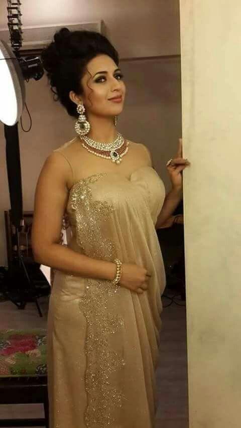 Divya Bharti boobs avi