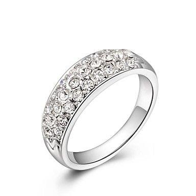 apró szimulált gyémánt osztrák kristályok rózsa / fehér aranyozott cz kő eljegyzési gyűrűt – USD $ 7.99