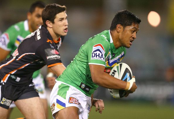 2014 NRL Round 25 Canberra Raiders V Wests Tigers - Anthony Milford
