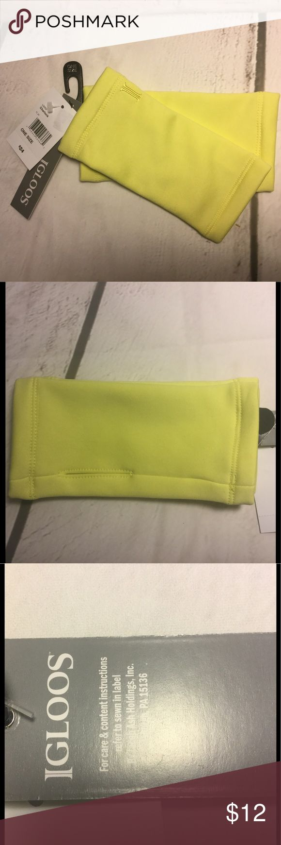 Hand warmers NWT 🆕 Igloos yellow thumb insert These are brand new with tags and retails for $24.  Would make an excellent gift 🎁. Buy with confidence I am a top rated seller, mentor and fast shipper.  Don't forget to bundle and save.  Thank you. Igloos Accessories Gloves & Mittens