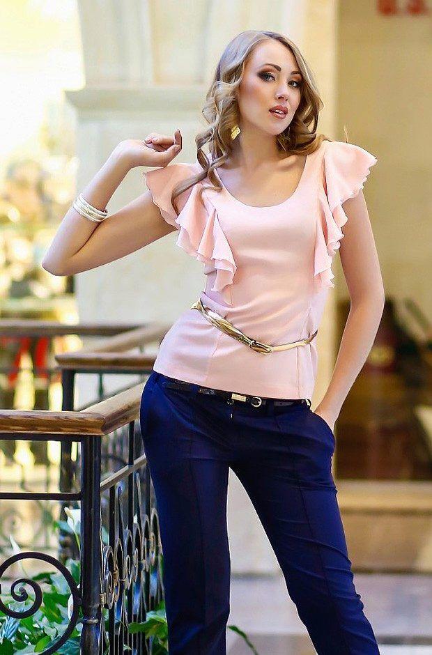 Блузка с воланом (45 фото): блузы с воланами на плечах, внизу