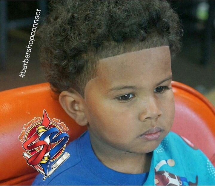 Creative Skin Taper X Low Fade X Shape Up X Side Line Barberlife Barbershop