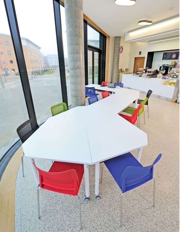 23 best ocee folio table collection images on pinterest for Petite table pliable