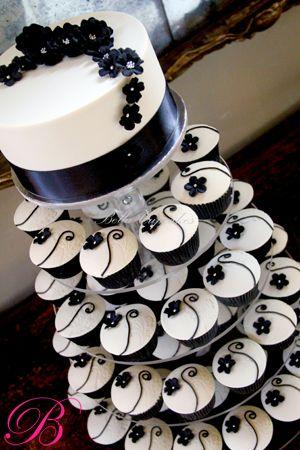 black and white: White Cupcakes, White Wedding, Black And White, Wedding Cupcakes, Cups Cak, Black White, Wedding Cakes, Cupcakes Towers, Cupcakes Cakes