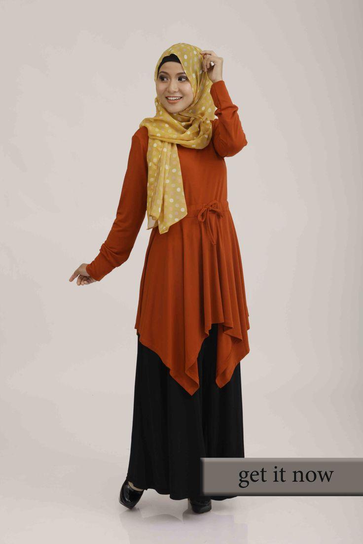 Plain Jersey Top  Bahan: Jersey Tersedia dalam 6 warna pilihan AllSize: Lingkar dada 92cm, Lingkar Pinggang 88cm, Lingkar Pinggul 100cm, Panjang baju 100cm, Lebar bahu 40cm.