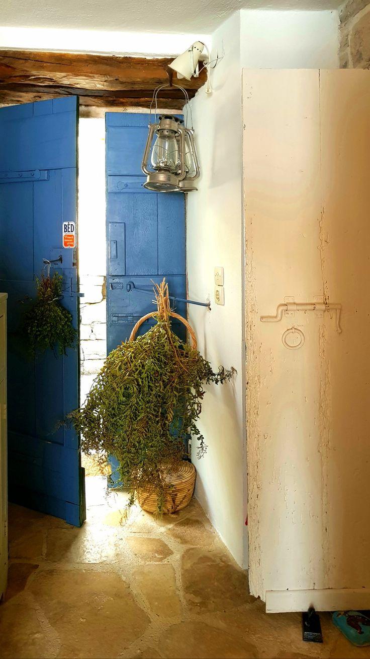 #paxos.zoe #authentic #colorfulgreece #bluedoor