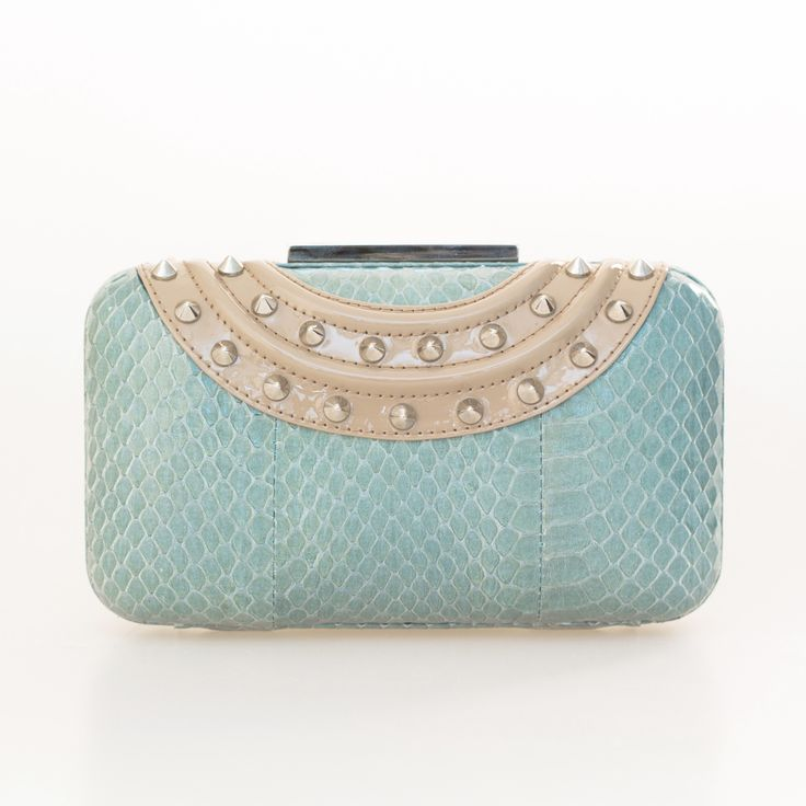 AQUA GINA COLLAR CLUTCH