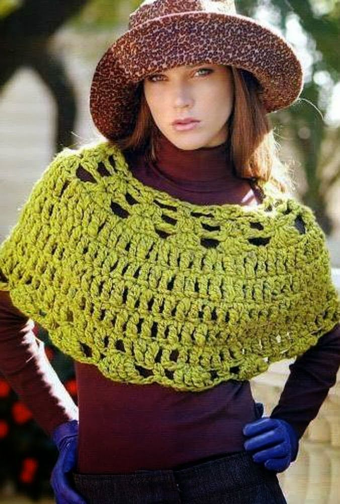 Light green crochet cape ♥LCP♥ with diagram. heavy weight yarn is needed to get this look. ---- Patrones Crochet: Capa corta con Lana gruesa Patron