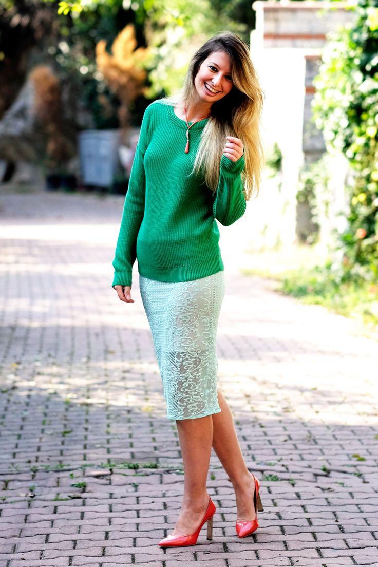 #MUDOdadegisimbasladi BURCU ARKUT: Green with the Coral Details