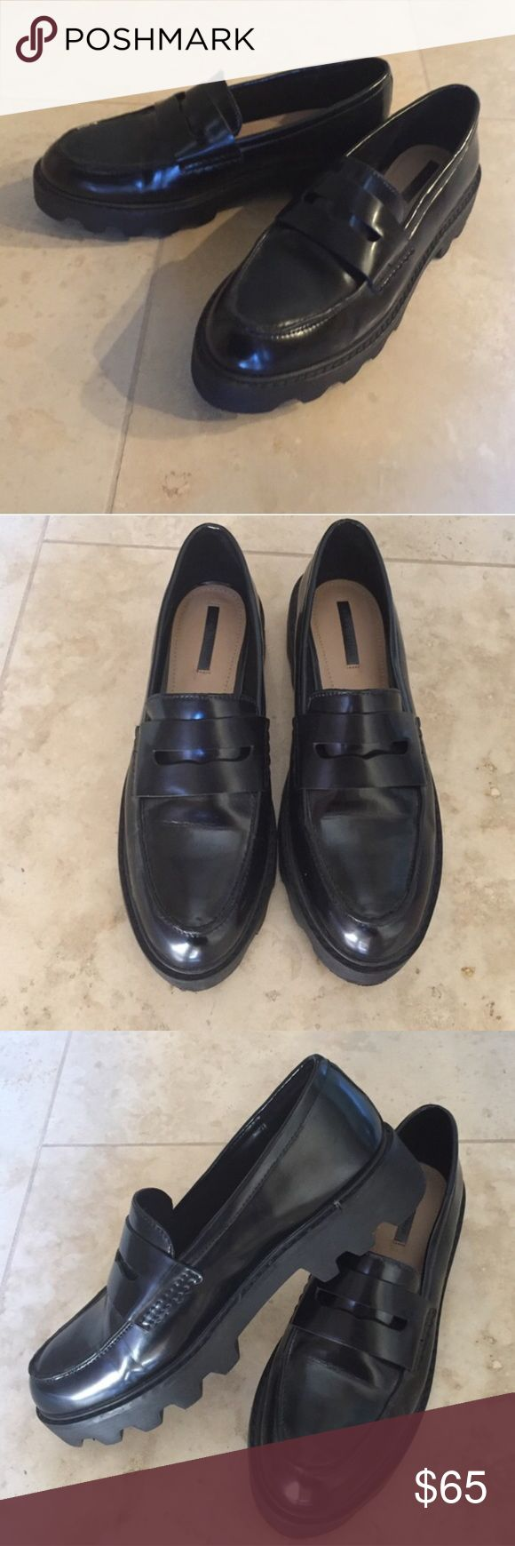 Zara Chunky Loafers These shoes are brand new, hasn't been used, it's in great condition, good quality Zara Shoes Flats & Loafers