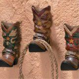 Cowboy western boots hook rack. Holds your rope, leather coat, or other stuff you need in Texas.: Wall Hooks, Hooks Racks, Homes Wall Decoration, Boots Hooks, Westerns Boots, Westerns Decoration, Cowboys Boots, Cowboys Westerns, Western Boots
